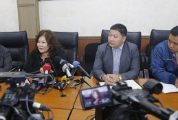 Таван тэрбум тойрсон ташаа мэдээлэлд тайлбар хийлээ http://www.ulaanbaatar.mn/content/show/17657