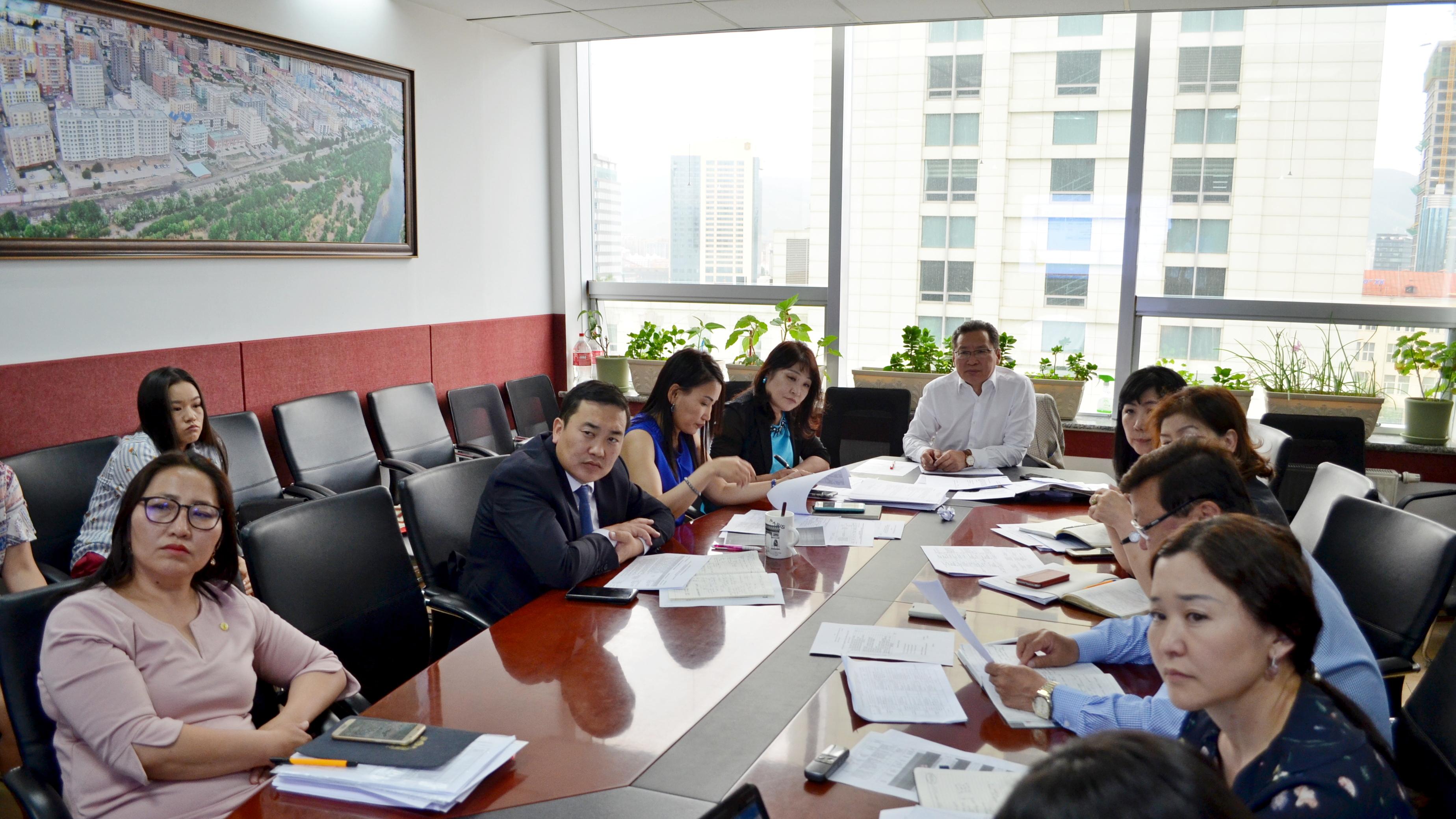 Улаанбаатар хотын Ерөнхий менежерийн зөвлөлийн ээлжит хурал боллоо